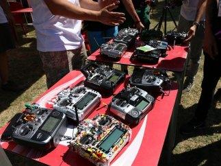 Emisoras para manejar los drones
