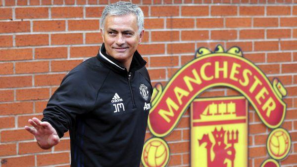 """Mourinho: """"Lo quiero todo con el United"""""""
