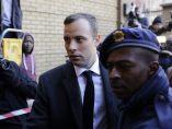 Pistorius, condenado a seis años de prisión