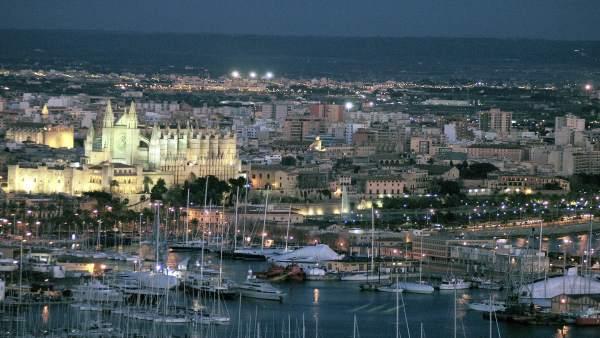 Catedral y Puerto de Palma de Mallorca