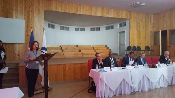 La alcaldesa, durante su intervención en Cabo Verde