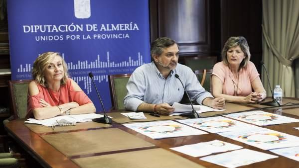 El diputado Ángel Escobar ha presentado el Programa de Escuelas de Verano.