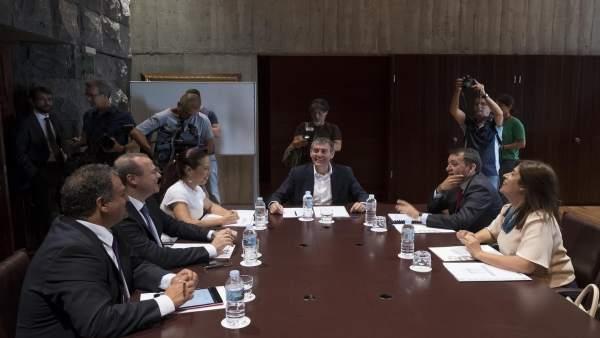 Reunión del Gobierno de Canarias con el G4