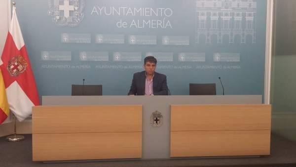 Miguel Cazorla, en rueda de prensa