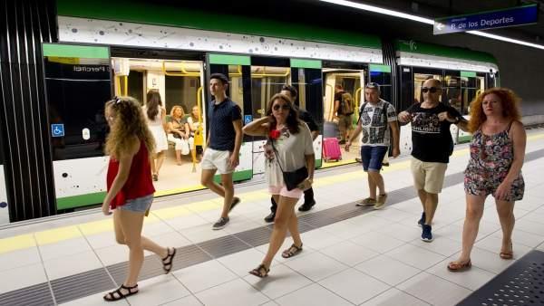 Metro de Málaga Feria 2015