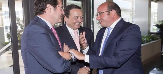 Garamendi, Albarracín y Pedro Antonio Sánchez en Asamblea General CROEM