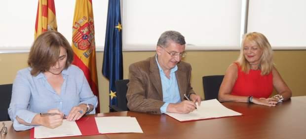 Celaya y Calvo han firmado hoy el convenio de colaboración entre DGA y AECC