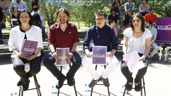 Bescansa, Pablo Iglesias, Errejón e Irene Montero