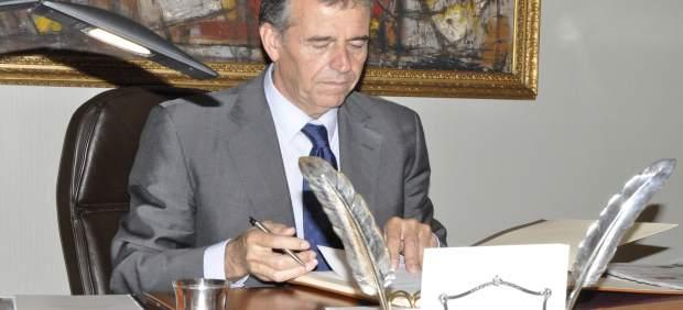 El presidente de las Cortes de Aragón de la IX Legislatura, Antonio Cosculluela