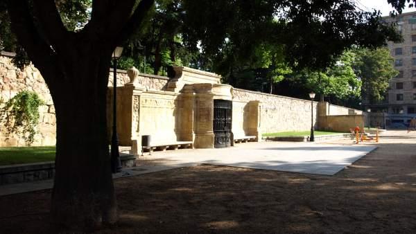 Biblioteca en el Campo de San Francisco de Salamanca