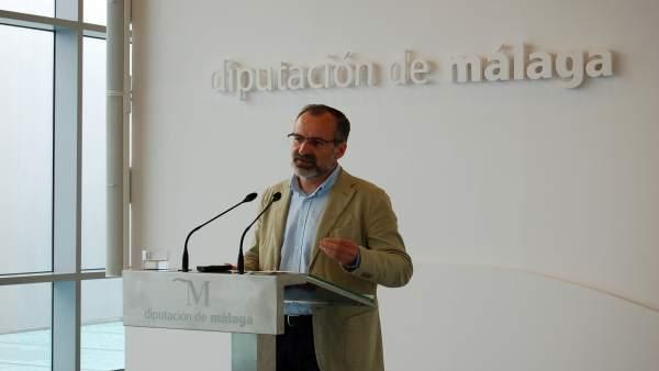 Gonzalo Sichar en rueda de prensa