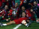 Cristiano y la selección de Portugal celebran la Eurocopa