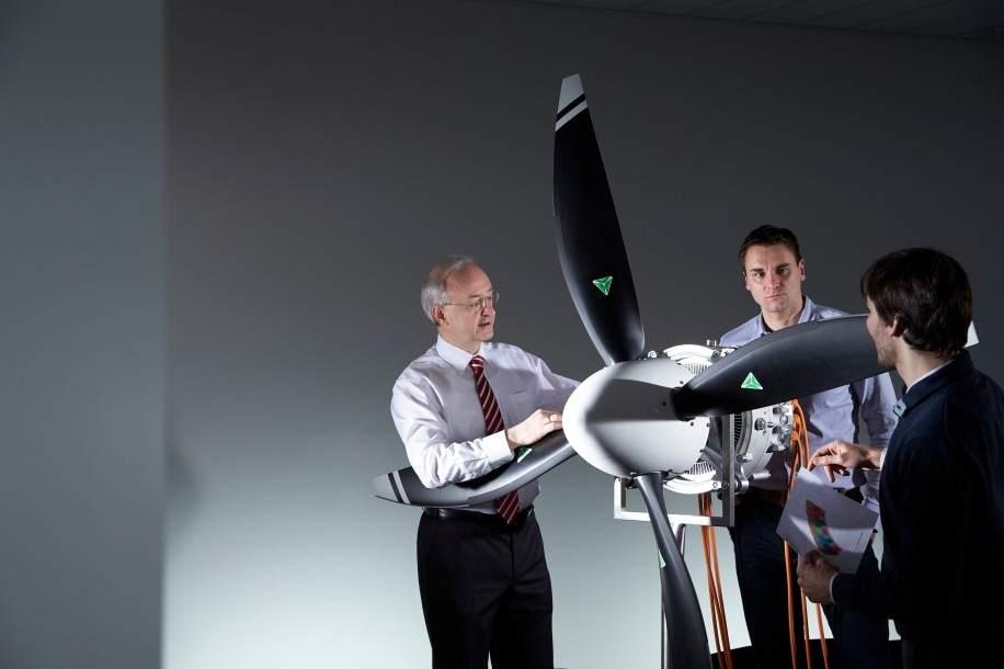 Desarrolladores de Siemens con el motor eléctrico para aviones