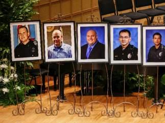 Los policías muertos en Dallas