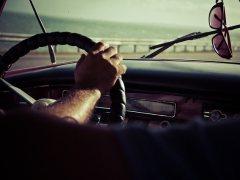 Conducción con gafas de sol