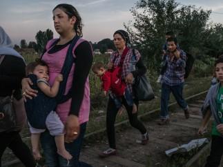 Mauricio Lima - Refugees