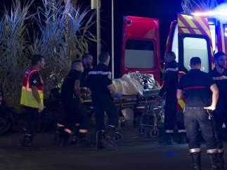 Ambulancia en el Paseo de los Ingleses