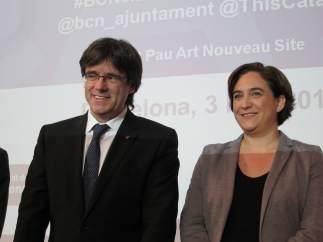 Carles Puigdemont y Ada Colau