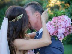 El beso de Guti y Romina Bellucio