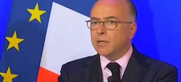 El ministro del Interior francés, Bernard Cazeneuve