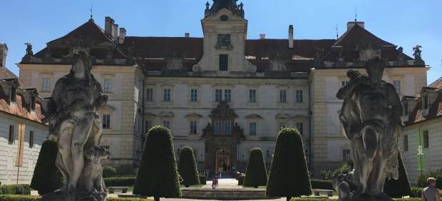 Castillo de Valtice, sede del Salón Nacional de Vinos de la República Checa.