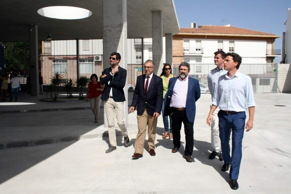 La junta entrega a estepa la nueva estaci n de autobuses tras una inversi n cercana a los 800 - Pisos en estepa ...
