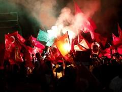 El Parlamento turco crea una comisión de investigación del intento de golpe de Estado
