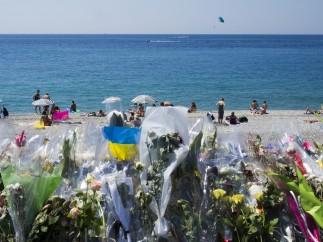 Niza sigue recordando a sus víctimas
