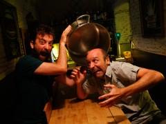 La nueva víctima de la diversión de Yllana es la gastronomía
