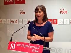 Armengol intentará convencer a la gestora del PSOE de una abstención mínima