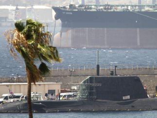 Submarino averiado en Gibraltar