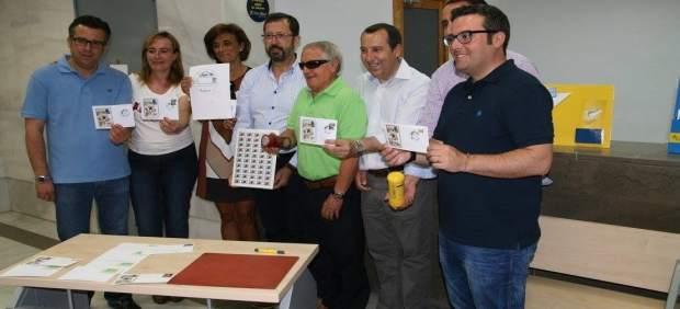 Correos presenta el matasellos tur stico de la oficina de for Oficina correos marbella
