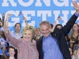 Hillary Clinton y Michael Caine
