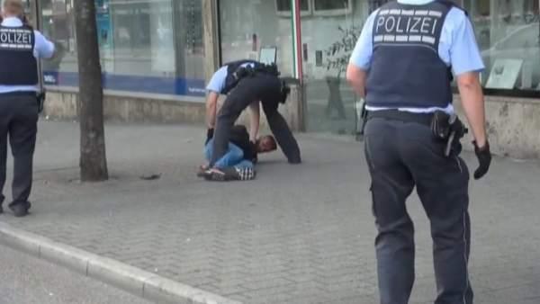 Un refugiado mata con un machete a una mujer en Alemania
