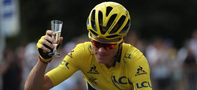 Froome con champán
