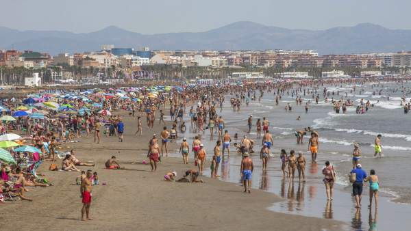 Moren quatre banyistes en platges i piscines en un dia a la Comunitat Valenciana