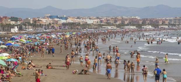 El turista nacional prefiere zonas de playa de Españaen Semana Santa y Londres y París en el ...