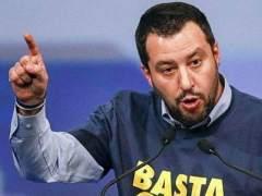 Matteo Salvini compara a la presidenta de la Cámara con una muñeca hinchable