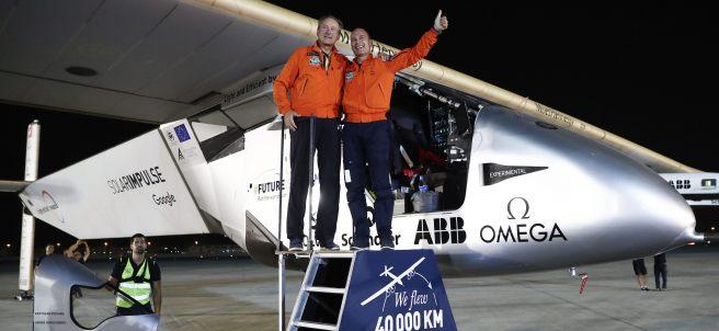 El Solar Impulse 2 da la vuelta al mundo