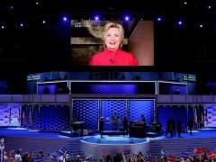 """Hillary hace historia y envía un mensaje a las niñas: """"La próxima puedes ser tú"""""""