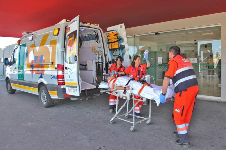 La junta asegura que la ambulancia para atender al paciente de manzanilla tard 26 minutos en llegar - Pisos de la junta de andalucia ...