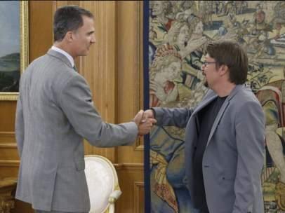 Felipe VI y Xavier Domènech