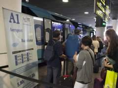 A l'aeroport, en bus, metro o tren
