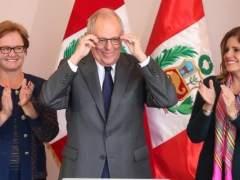 """Kuzcynski toma posesión como presidente y promete """"un Perú más moderno"""" para 2021"""