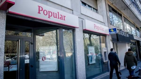 El banco popular reducir su plantilla en hasta for Oficinas banco popular malaga