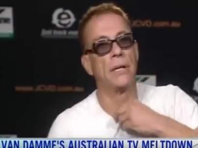 Van Damme, en el momento de abandonar una entrevista en el programa Sunrise en directo