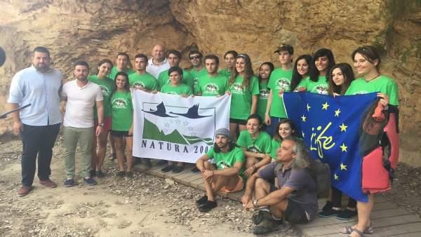 Jóvenes de varias CCAA recuperan el bosque ribereño del Segura