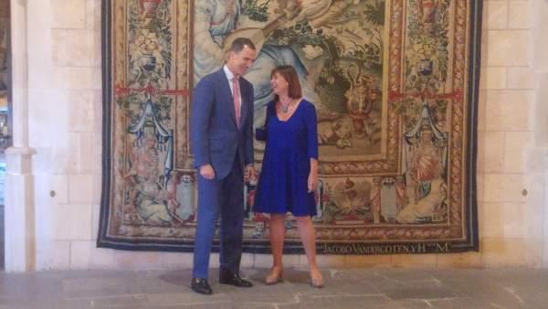 El Rey Felipe VI recibe a la presidenta del Govern, Francina Armengol