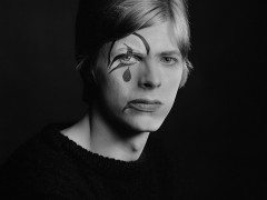 Nueva York exhibe la colección de arte de David Bowie