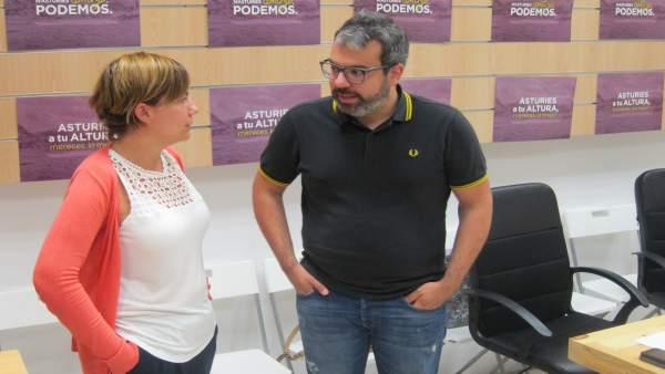 Xuacu Rodríguez y Patricia Díaz de Podemos Asturias.